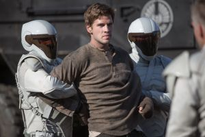 CatchingFire_005