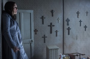 Conjuring-2-18