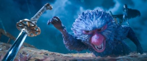 2400.1080.still.laika.0001 Monkey (voiced by Academy Award winner Charlize Theron) finds herself in a fierce battle to protect Kubo in animation studio LAIKA's epic action-adventure KUBO AND THE TWO STRINGS, a Focus Features release. Credit: Laika Studios/Focus Features