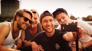 Nirgendwo-09_FrederikGoetz(Fresi)+DennisMojen(Rob)+LudwigTrepte(Danny)+BenMuenchow(Tom)