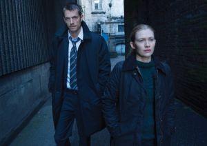 Stephen Holder (Joel Kinnaman) and Sarah Linden (Mireille Enos) - The Killing - Season 3 - Gallery - Photo Credit: Frank Ockenfels 3/AMC