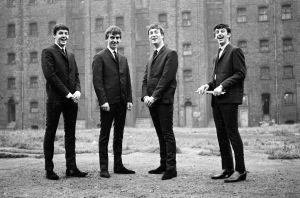 the_beatles-eight_days_a_week-07